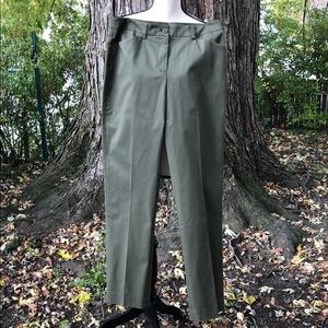NWT Jones New York Hunter Green Pants Size 6